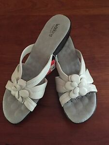 Walking-Cradles-Women-039-s-White-Leather-Open-Toe-Wedge-Sandals-Size-12B-New