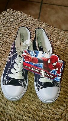 The Amazing Spiderman Sneakers / Turnschuhe gr. 31 in blau Marvel