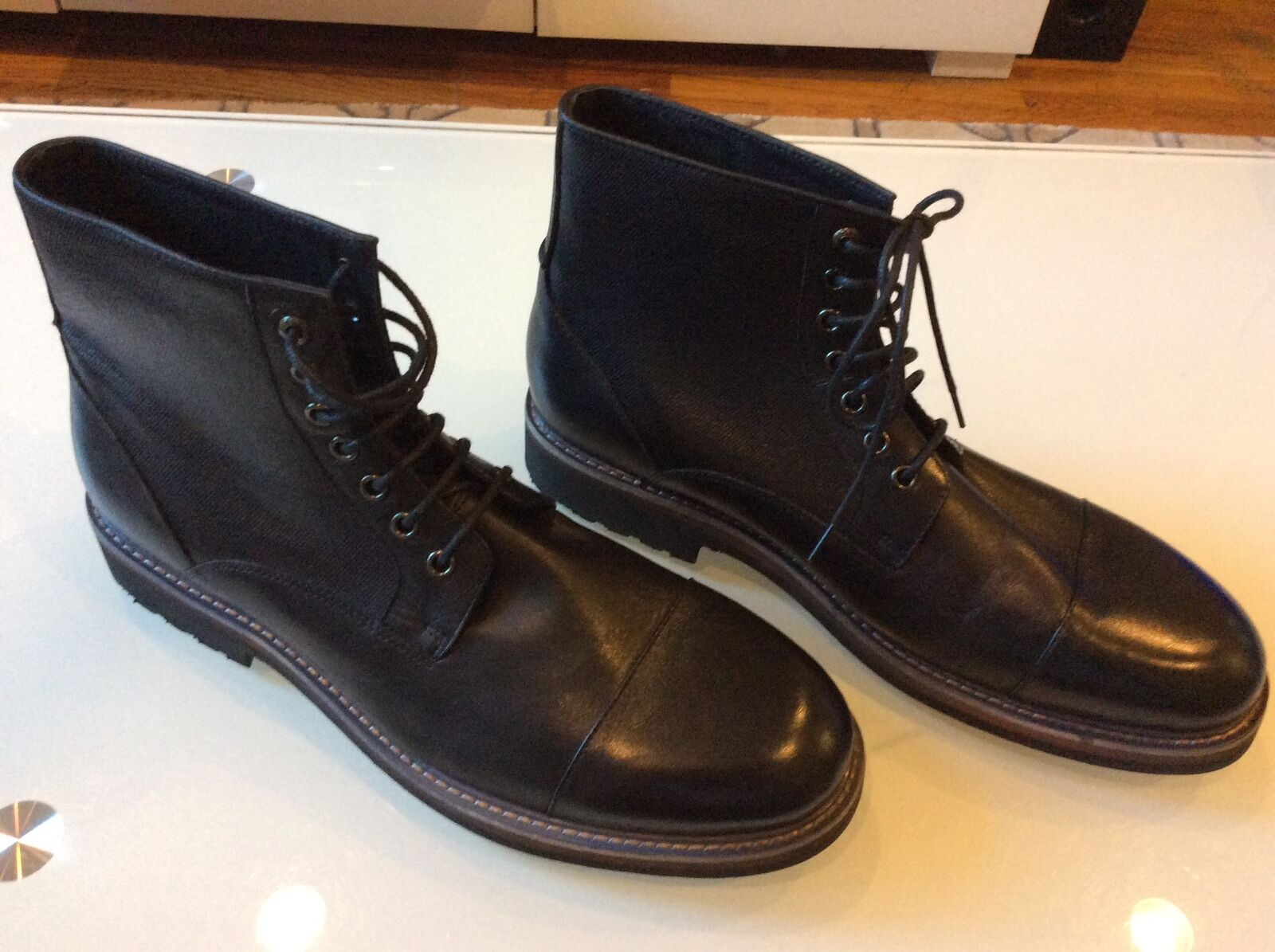 Zanzara Catania Black Round Toe Leather  Boot size 10.5  78.00