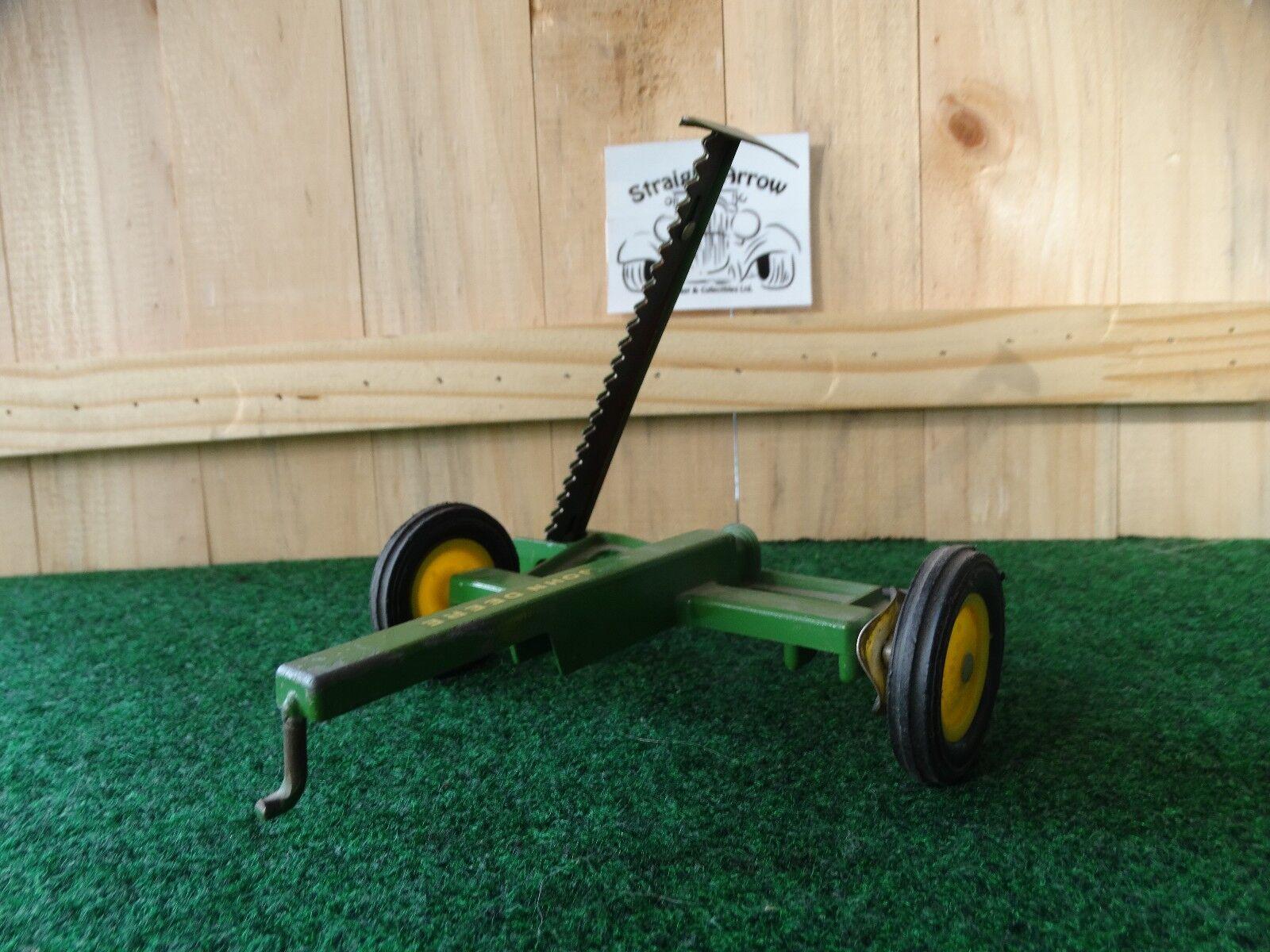 Juguete    Vintage Eska John Deere Hoz Barra segadora 1 16 escala granja de acero prensado