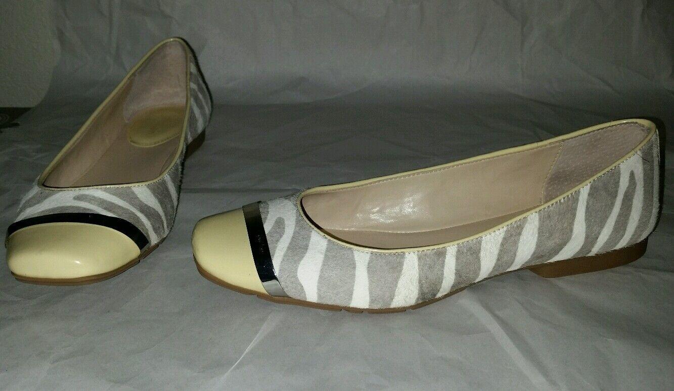 Adorable CALVIN KLEIN Größe 7.5 M Pash Flats Calf Hair Gray Yellow WEISS Zebra