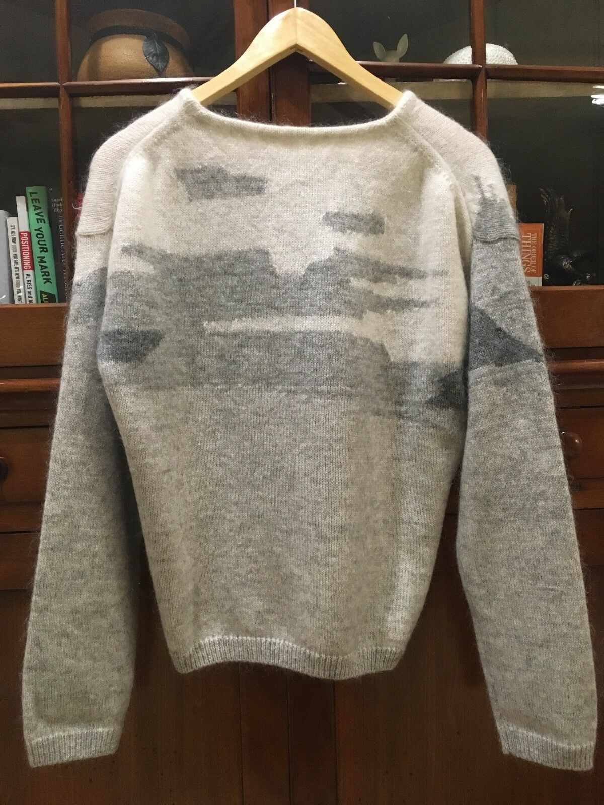 WOW WOW WOW    NWOT 10 Crosby Derek Lam Sweater - Merino Angora Blend - Super Cool SZ M 2b24d4