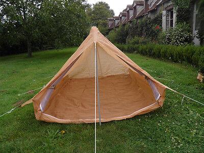 dimension tente canadienne 8 places