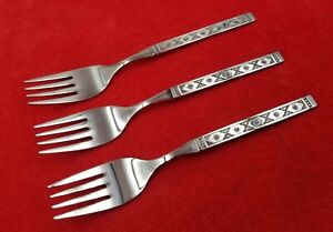 3-Salad-Forks-Lisbon-by-Oneida-Distinction-Stainless-Flatware-Black-Accent-6-1-4