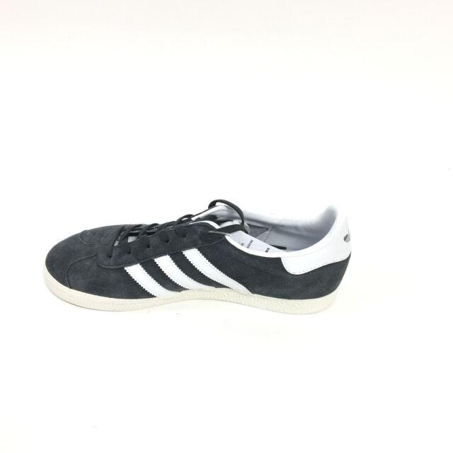adidas black childrens trainers