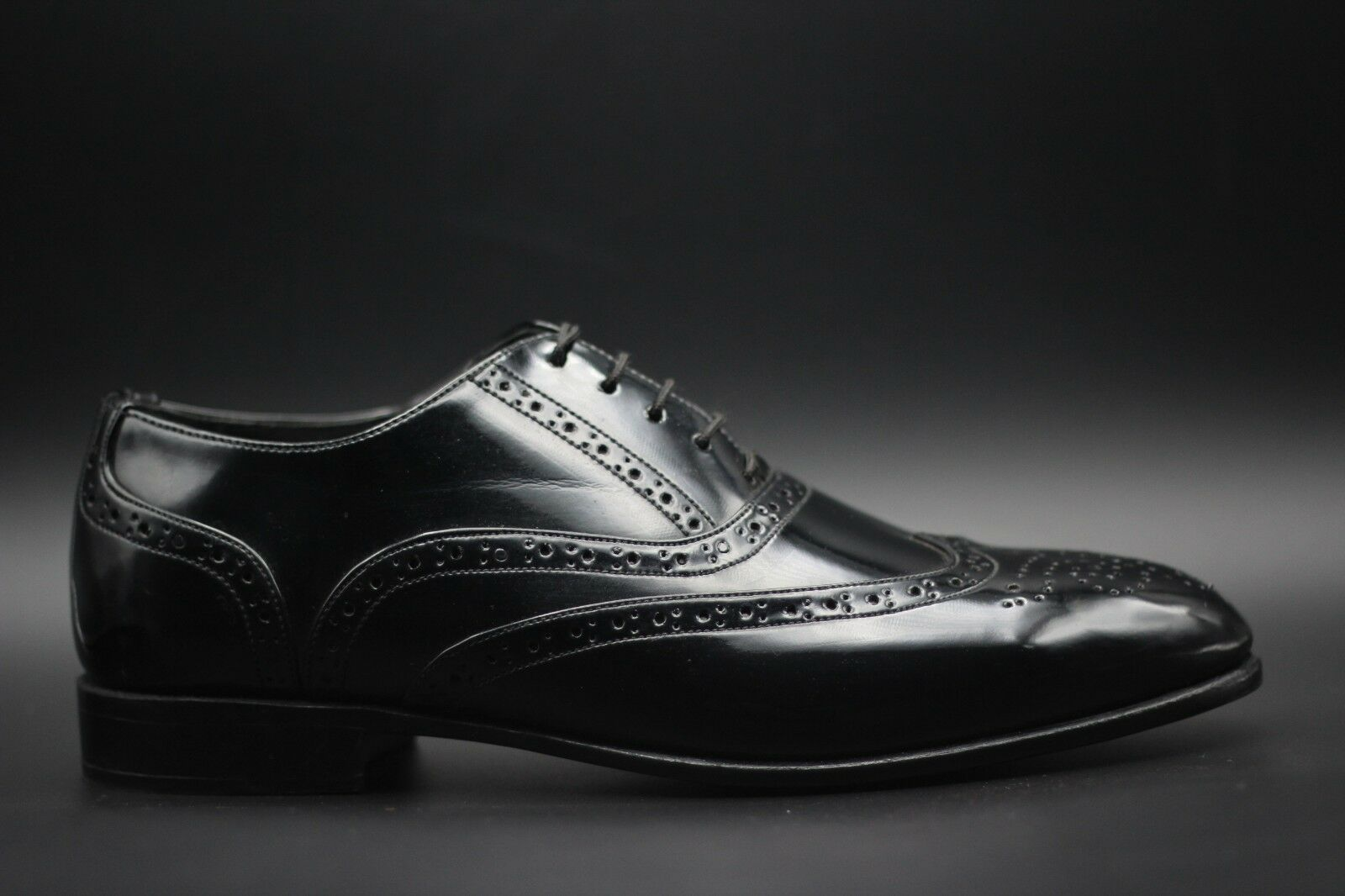 Men's Bespoke Handmade Black Patent Leather Oxford Brogue Wingtip Lace-Up shoes