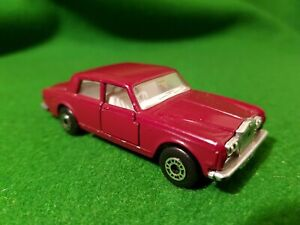 1979-Lesney-Products-Matchbox-Superfast-No-39-Rolls-Royce-Siver-S-Shadow-maroon