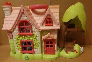 Happyland Cherry Lane Cottage