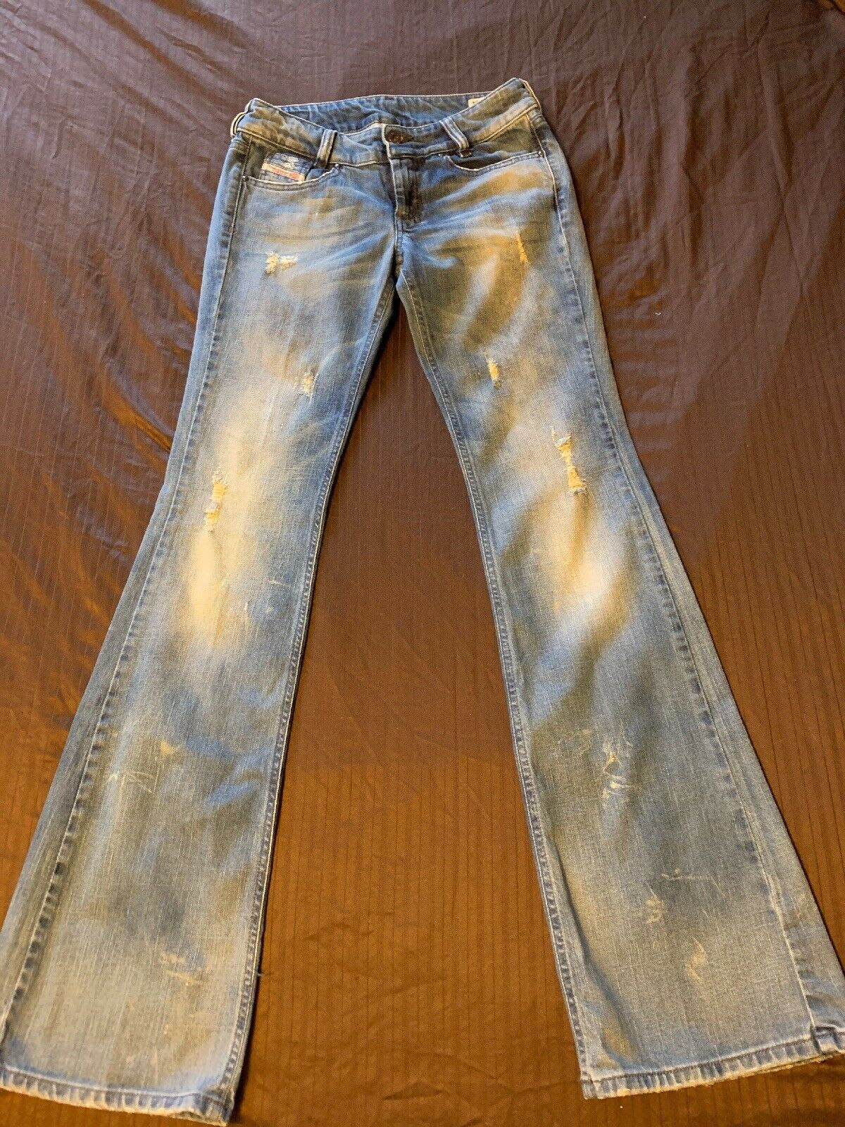 Diesel Women's Louvely Medium Wash Stretch Jeans 0081M Size 26 X 34