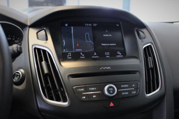 Ford Focus 1,5 TDCi 120 Titanium stc. billede 8