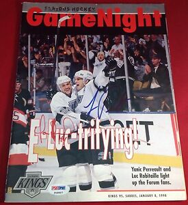 Luc Robitaille & Yanic Perreault signed 1998 Game Night PSA/DNA Cert #P18507
