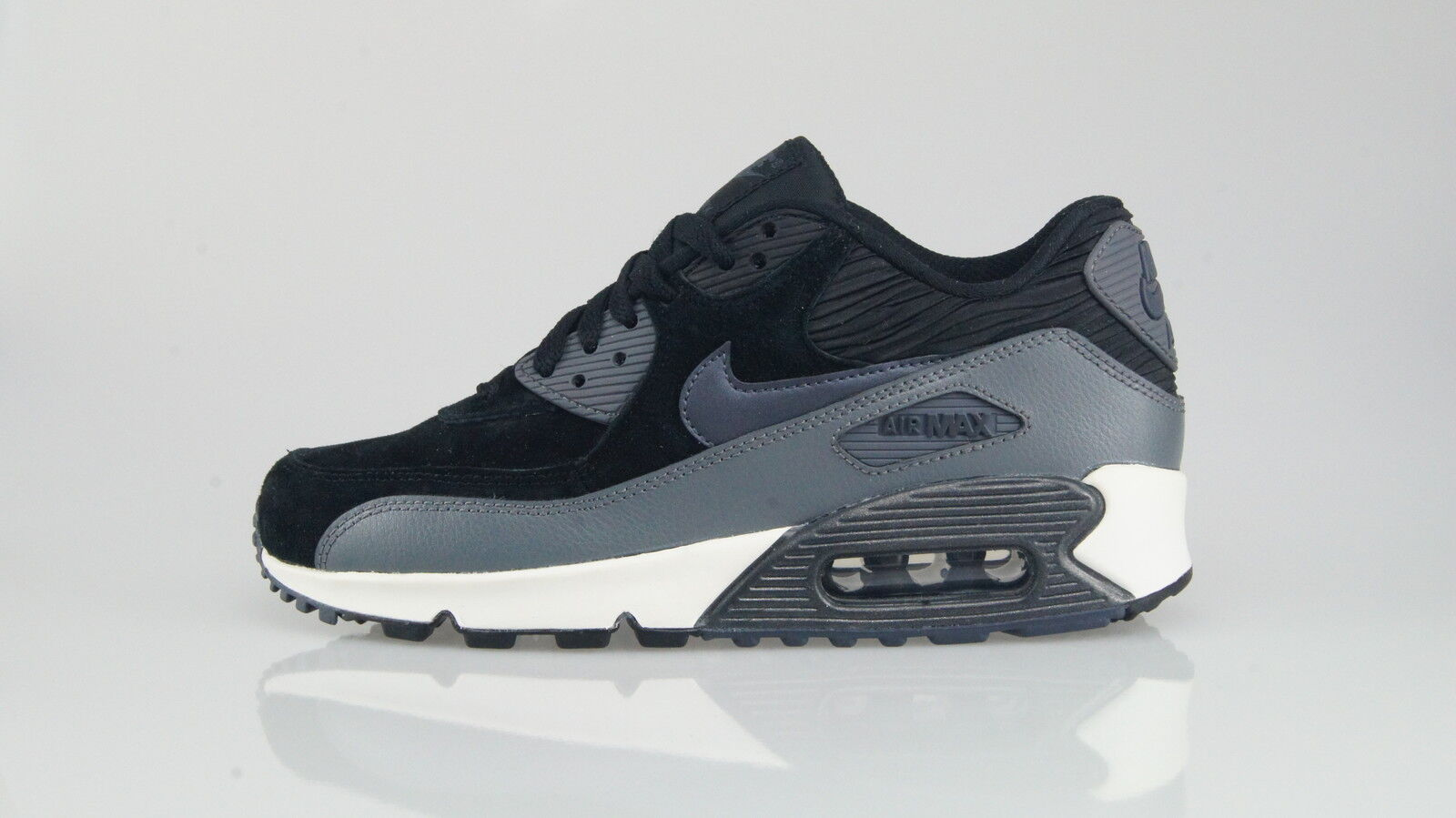 NIKE AIR MAX 90 LTHR Size 38,5 (7,5US)