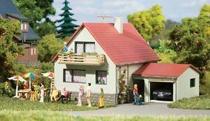 Auhagen-12222-echelle-H0-TT-Maison-avec-Garage-neuf-emballage-d-039-origine