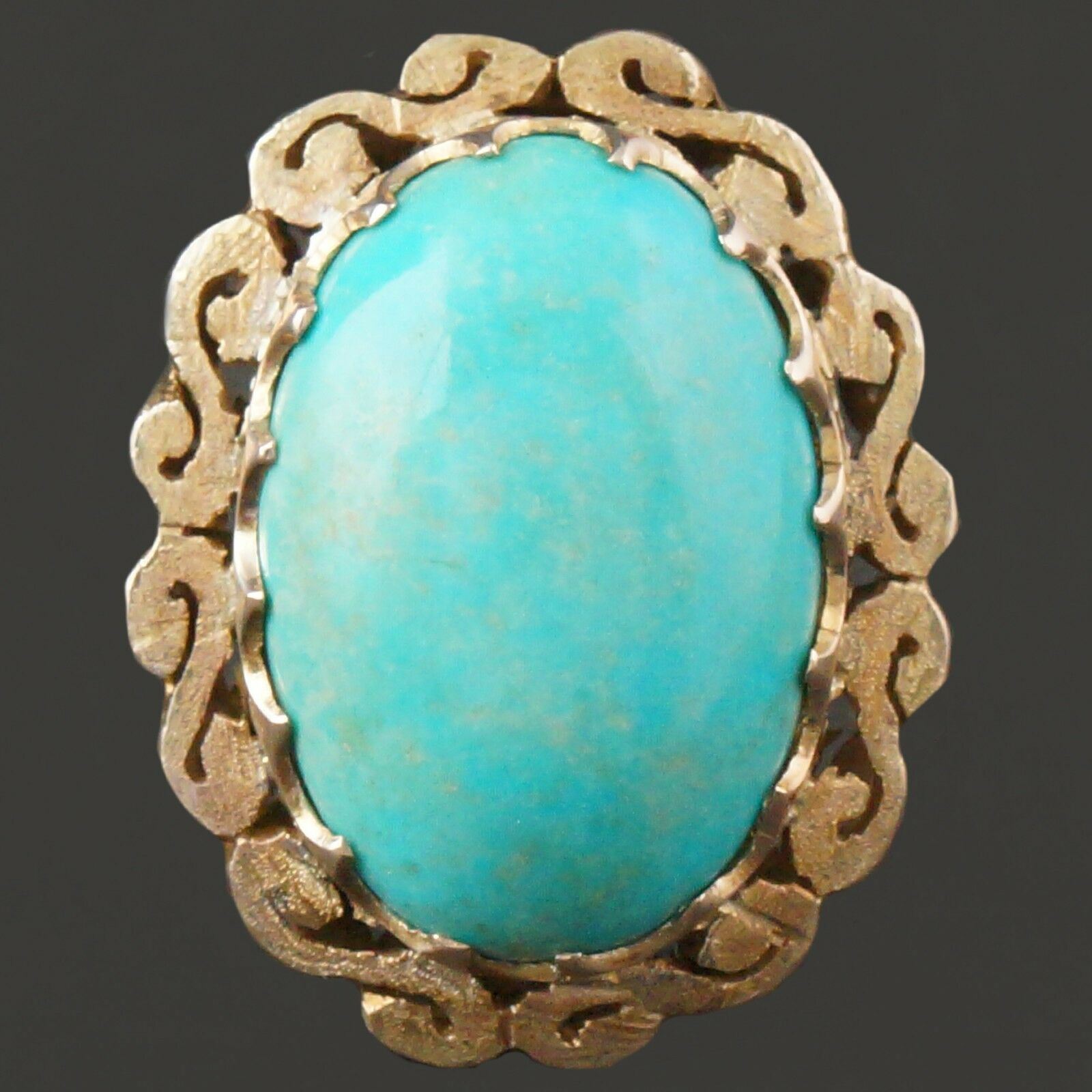 Large, Retro Solid 14K Yellow gold & Oval Turquoise Cabochon Estate Ring