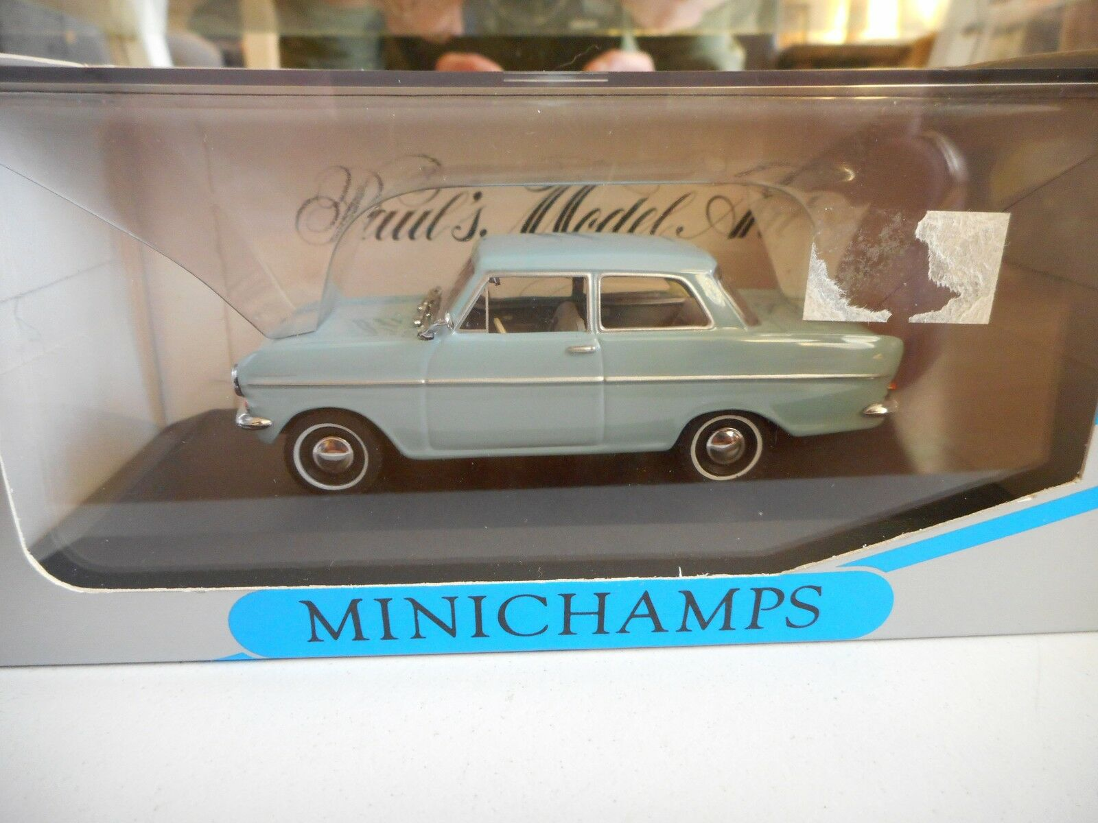 Minichamps Opel Kadett A Limousine 1962-65 in in in Grey on 1 43 in Box 255d72