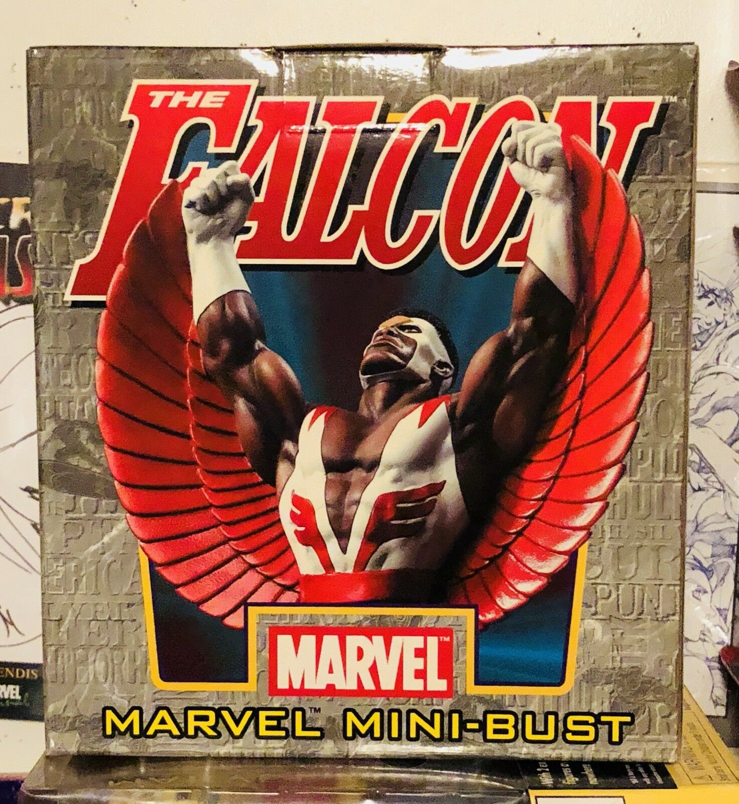 The Falcon Bowen mini bust statue, Marvel Limited, Rare