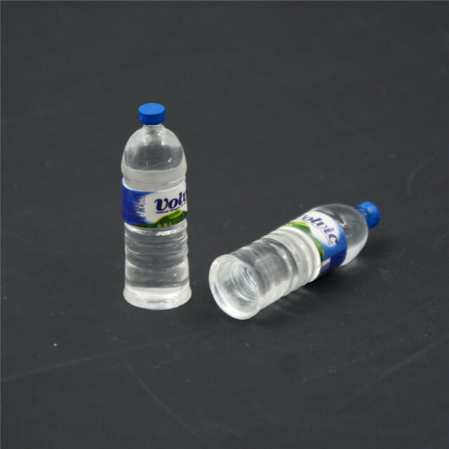 2Pcs Bottle Water Drinking Miniature Dollhouse 1:12 Toys Accessory Collection_CH