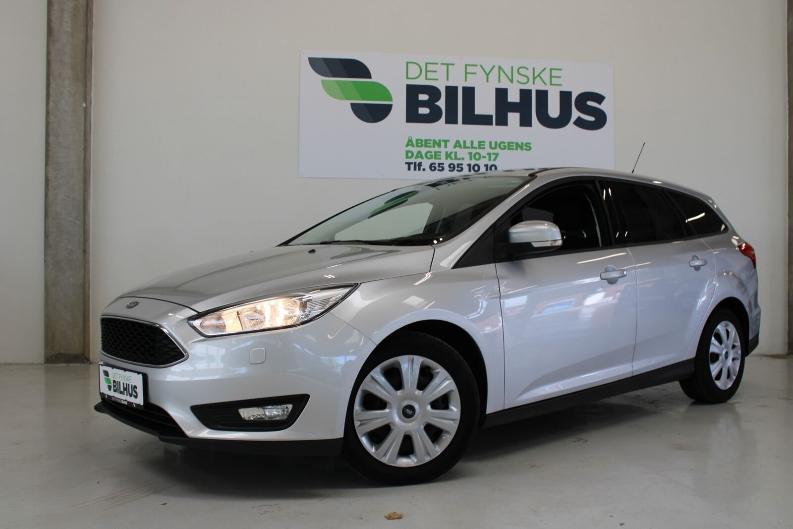 Ford Focus 1,5 TDCi 120 Business stc. 5d - 114.900 kr.