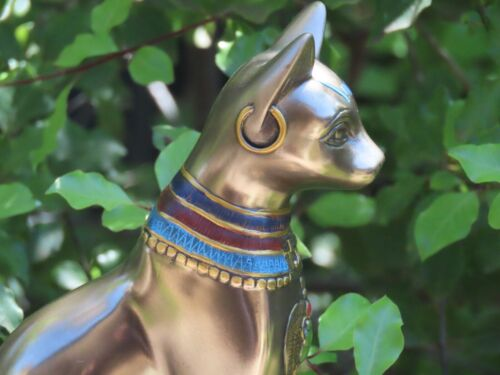 Bastet with Earrings ~ Veronese Collection 20cm Tall Bronzed Statue