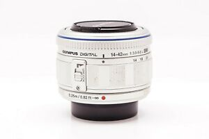Olympus-Zuiko-Digital-14-42mm-F-3-5-5-6-ED-Silver-Lens-for-Four-Thirds-AAH3590