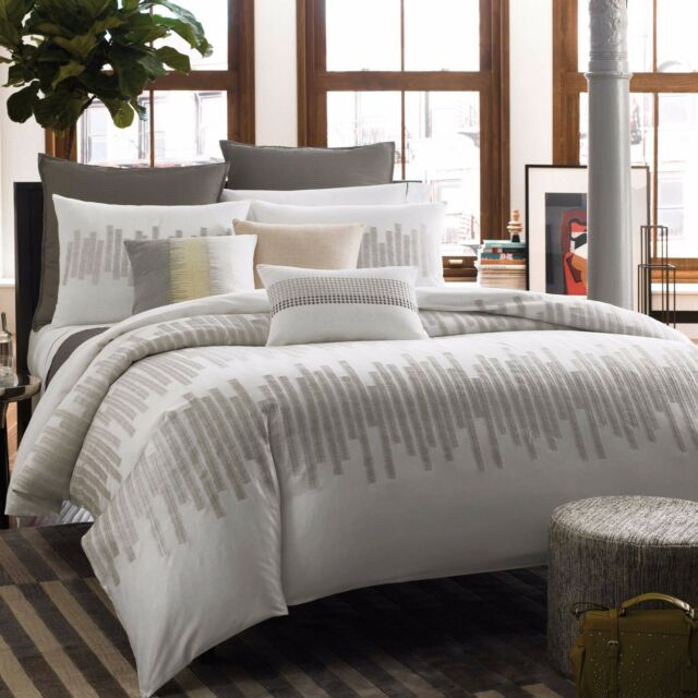 Kenneth Cole Frost Full/Queen Duvet Cover with Embroidered Detail