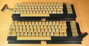 2x Tastatur für Commodore 64 / C64 - für Bastler - defect / untested