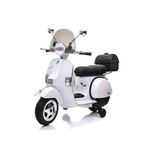 MOTO-ELECTRIQUE-POUR-ENFANTS-VESPA-PX-150-PIAGGIO-DELUXE-BLANCHE-12V-COFFRE-PARE