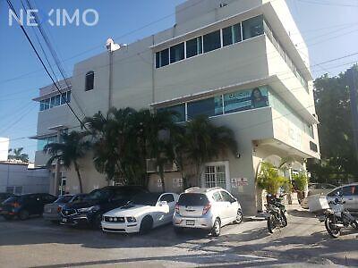 Se renta bonita oficina situada estratégicamente en la Avenida la Luna, en Cancun Quintana Roo