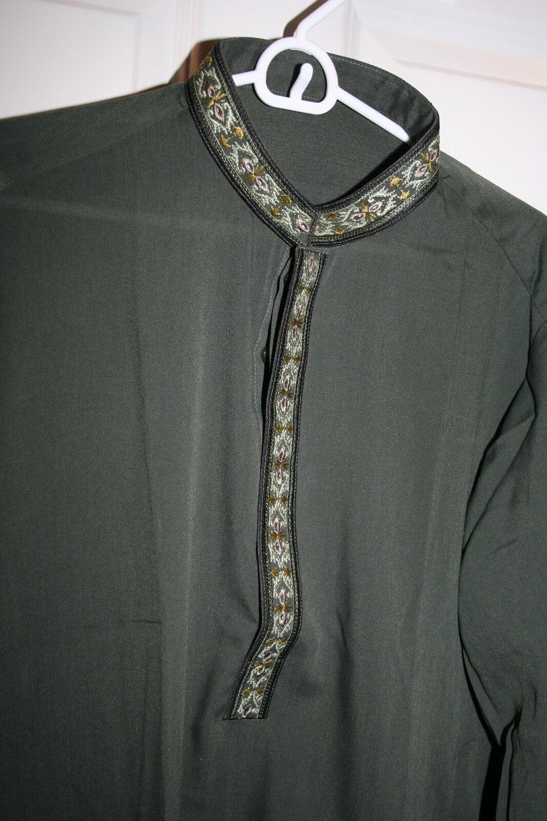 Pakistani Men Salwar Kameez Parties Casual Wear w embroidery Dark Green  M