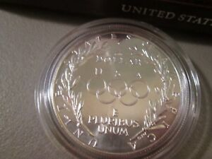 1988 UNCIRCULATED Olympic US Mint Commemorative Silver Dollar with COA /& Box
