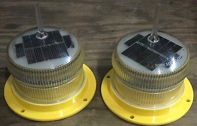 Marine Light. Sealite SL-15 Solar Powered Marine Light Solar Aviation Light