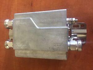 Kathrein-78210661-Dualband-combiner-470-960-MHz-1710-2700-MHz