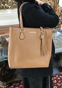 b4215ddf581ad3 Image is loading NWT-MICHAEL-KORS-PEBBLED-LEATHER-BEDFORD-ZIP-TOTE-