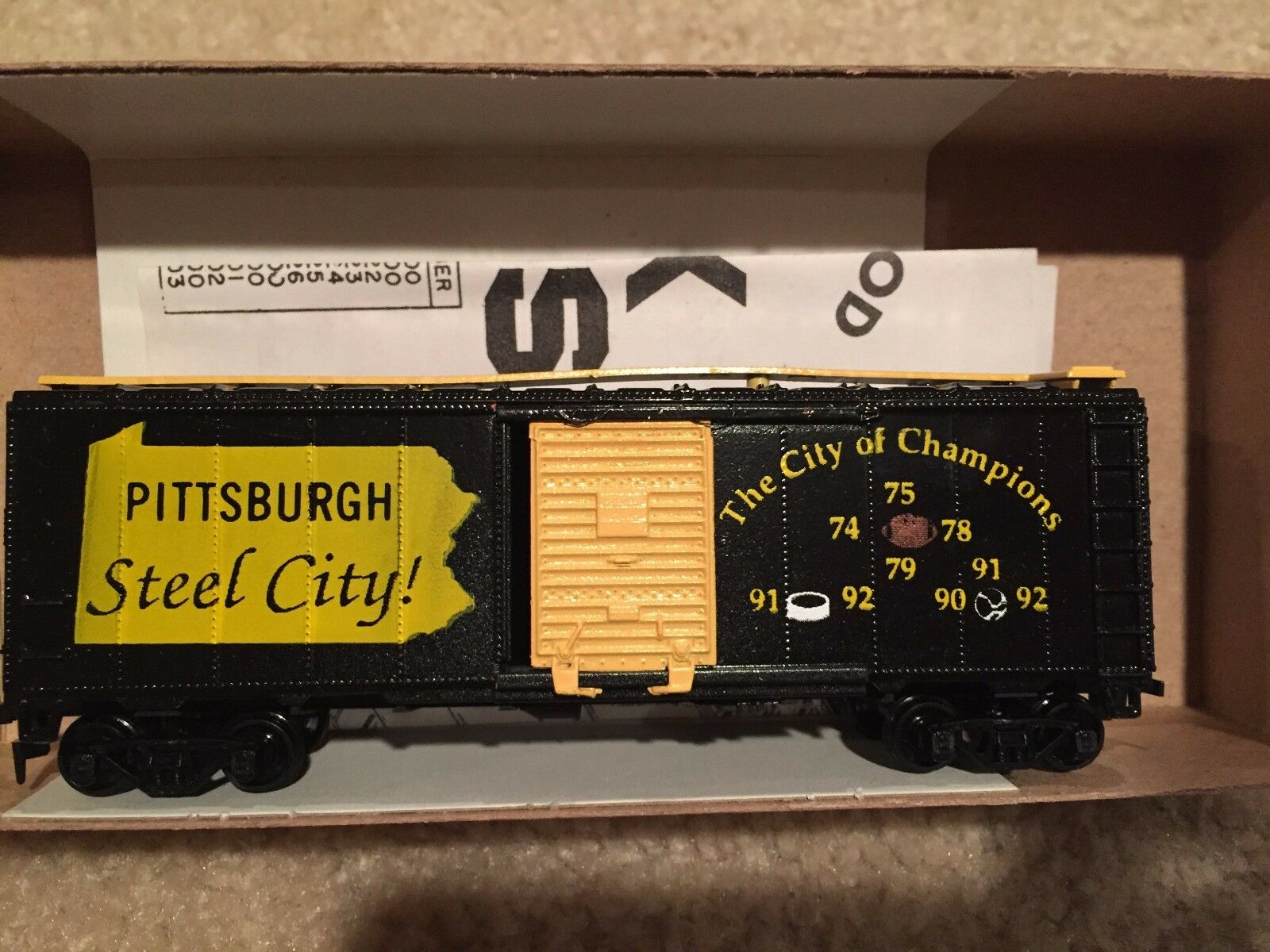 Athearn HO Train Custom Box Car Pittsburgh Football City of Champions RARE