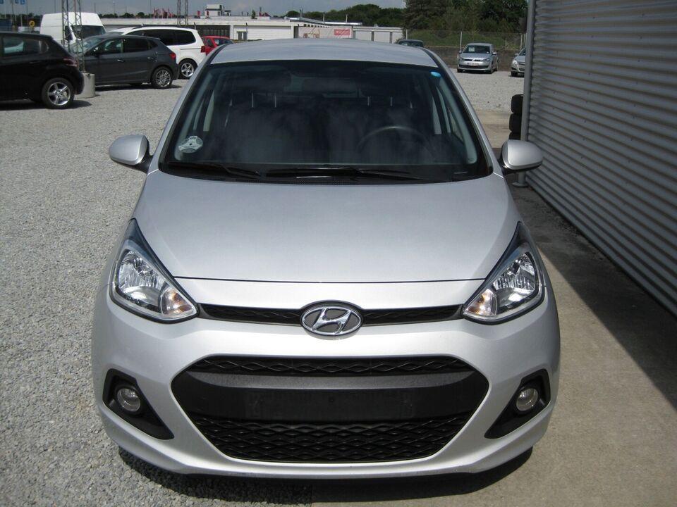 Hyundai i10 1,0 Passion Benzin modelår 2017 km 73000
