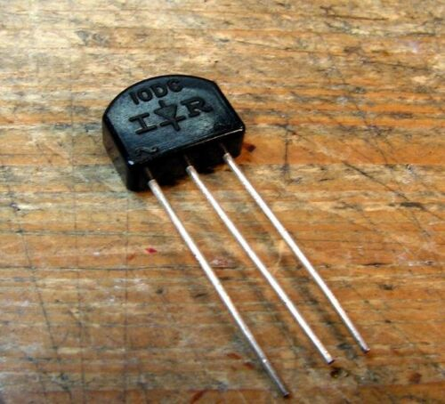 Vishay UF4007 1A Low Noise Fast Recovery Rectifier Diodes 10pcs sub 10DC-1 STV-4