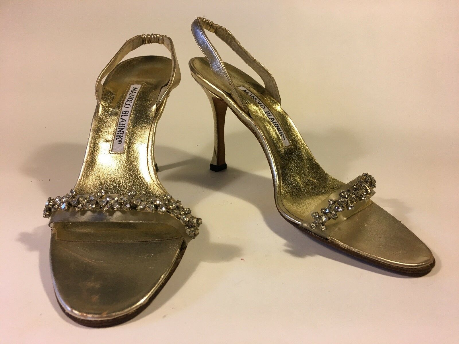 Manolo Blahnik SALE  silver, crystal and nude acrylic silver leather body sole 9