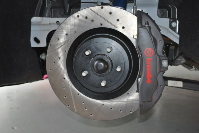 Brembo cross drilled and slotted rotors gateau patin a roulette