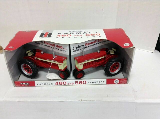 Toy Tractors For Sale >> Ertl Ih Mccormick Farmall 460 And 560 1 16 Scale Toy Tractors 4 5 Plow