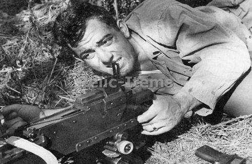 WW2 Picture Photo John Basilone with machine gun KIA recieved Bavy Cross 2333