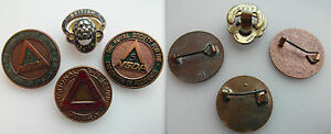 Vintage-Collectable-Group-of-badges-x-3-Safe-Driving-amp-1-British-Legion