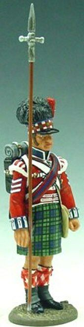KING & COUNTRY THE AGE OF NAPOLEON NA037 42ND HIGHLANDER WITH PIKE MIB