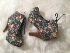 Women's  chunky heel shoes Booties Sz 11M Platform Floral