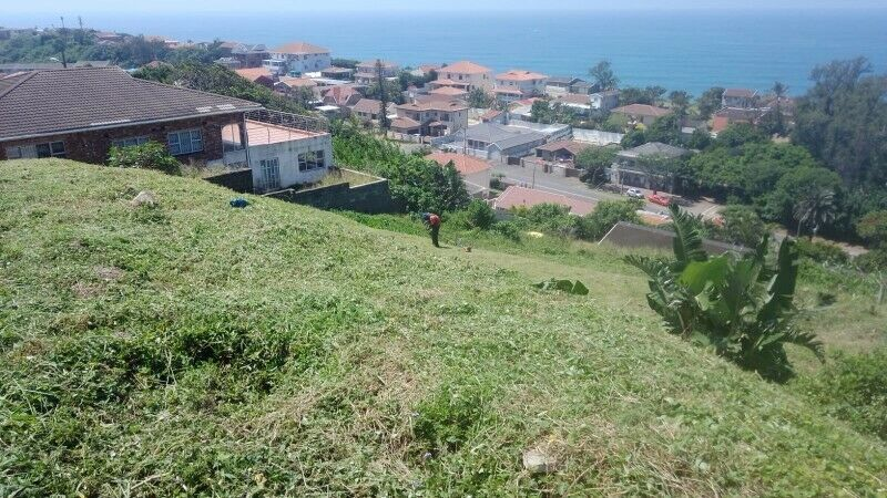1500 m2 vacant land available in Bluff