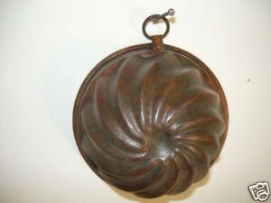 Forma budino Tortiera  In rame brunito  da appendere