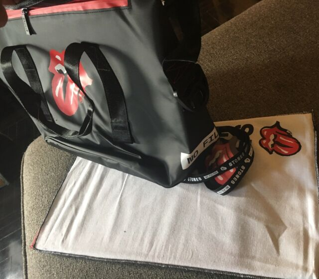THE ROLLING STONES 2019 NO FILTER TOUR VIP MERCH PACKAGE TOTE BAG BADGE & PHOTOS