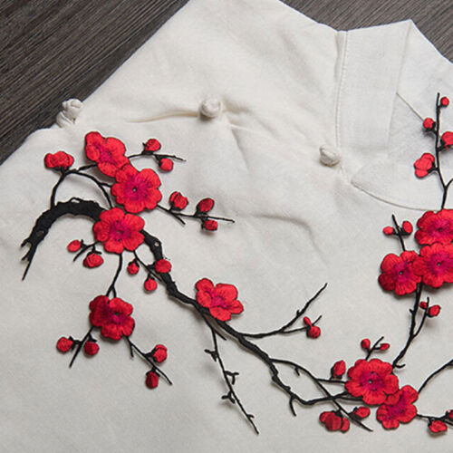 Embroidered Plum Blossom Flower Patch Iron//Sew on Applique Motif Craft Nice 1X J