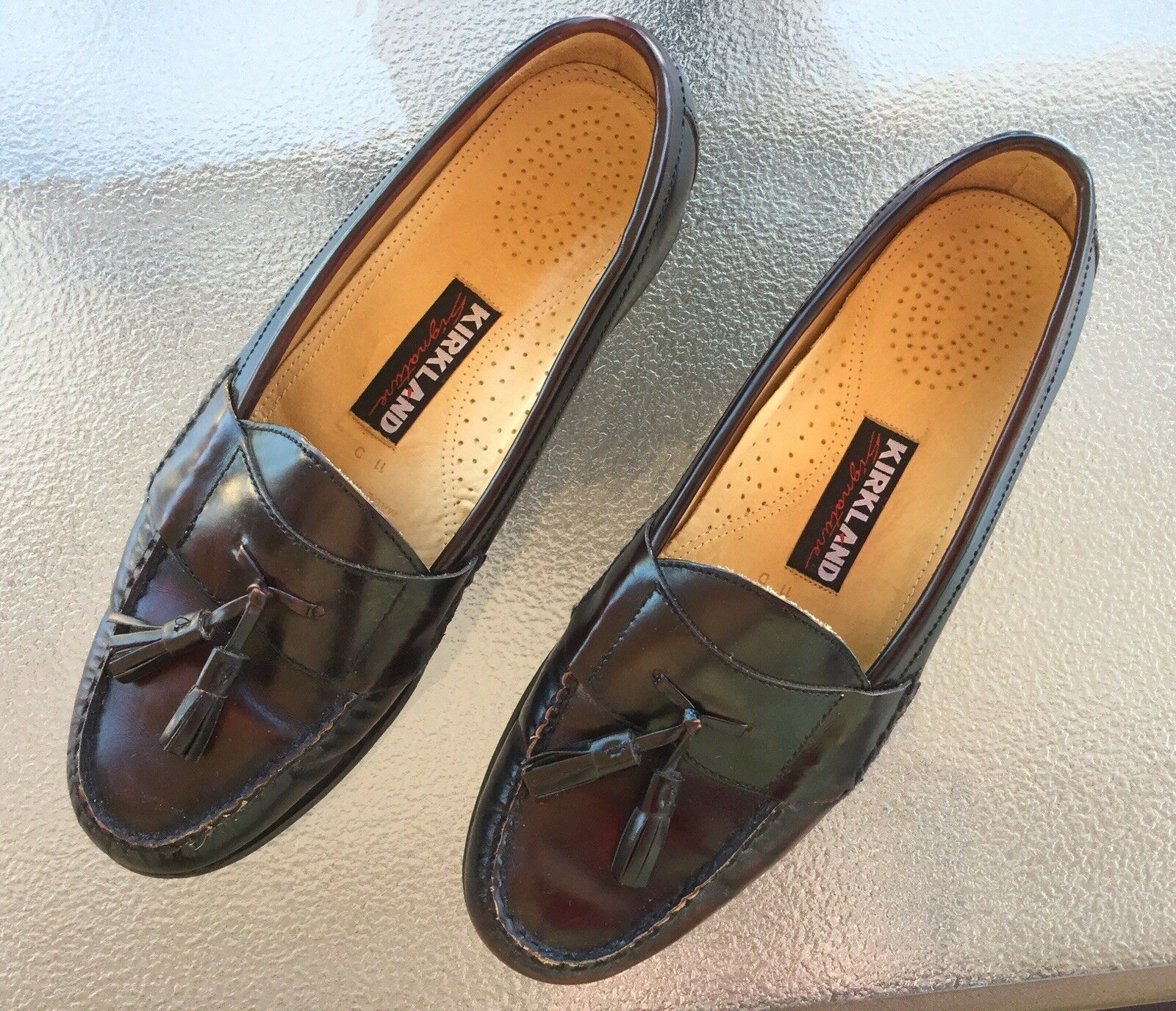 KIRKLAND Signature Men's BURGUNDY Leather Loafers SHOES Moc Toe Tassel Sz 11D