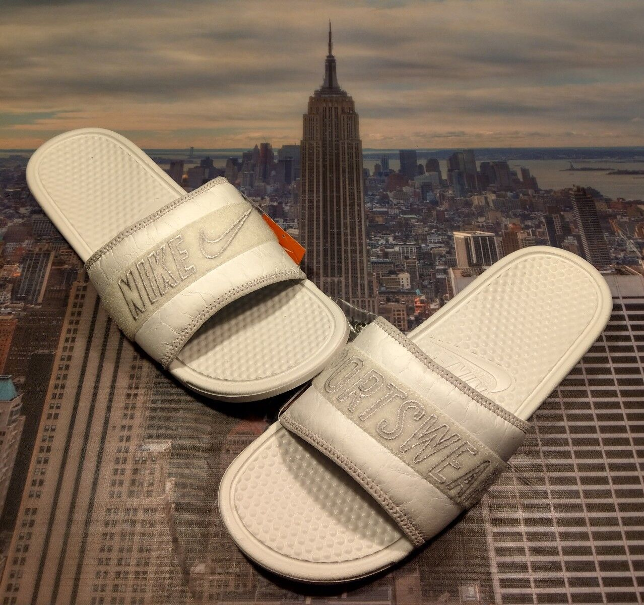 Nike Benassi JDI Tivek All Star Weekend Slide Sandal Mens Size 13 AO2787 100 New