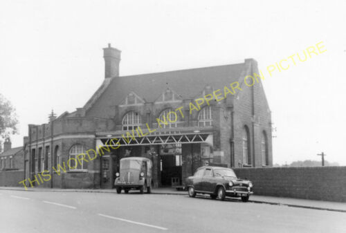 Lutterworth. Rugby Central Railway Station Photo Braunston /& Willoughby 5